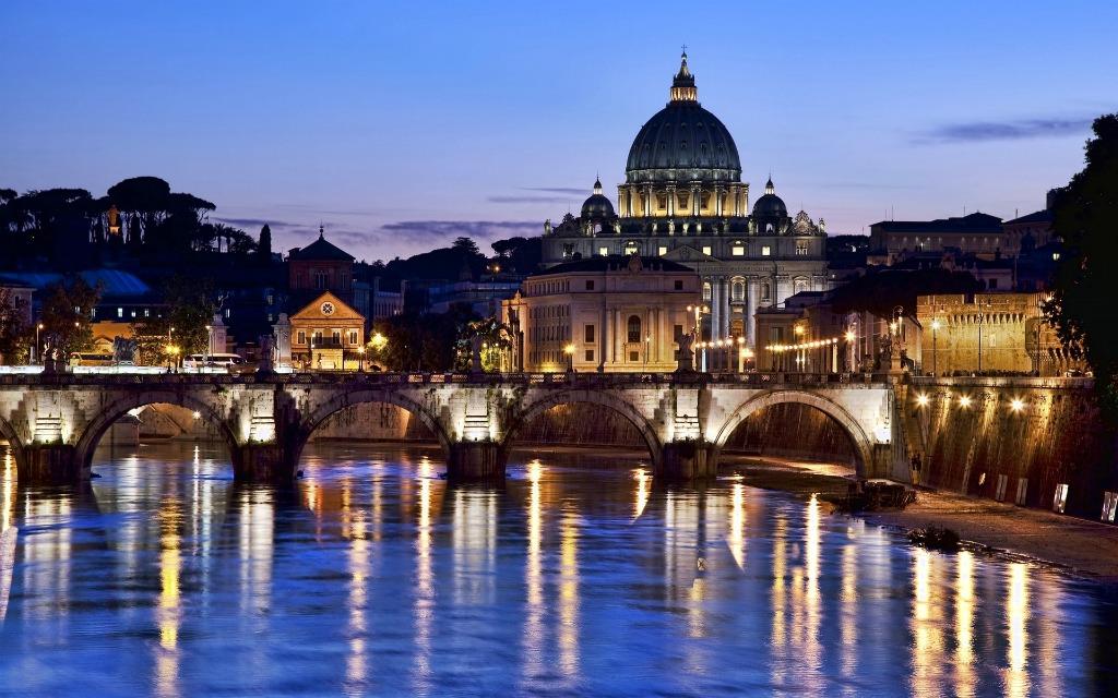 Вид на собор Святого Петра и на мост Ангелов