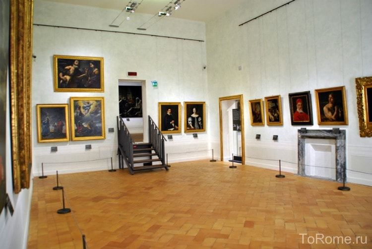 Картинные галереи дворца
