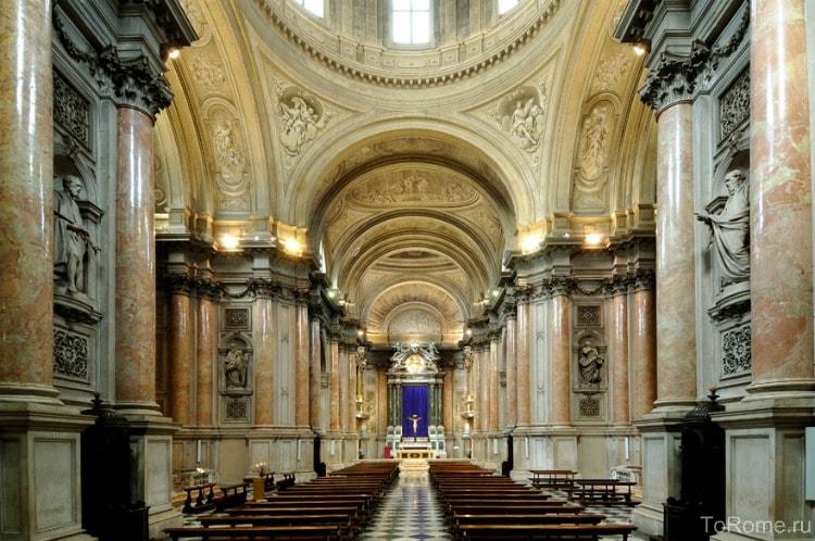 Интерьер базилики дель Пополо
