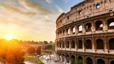 Вид на Колизей на закате