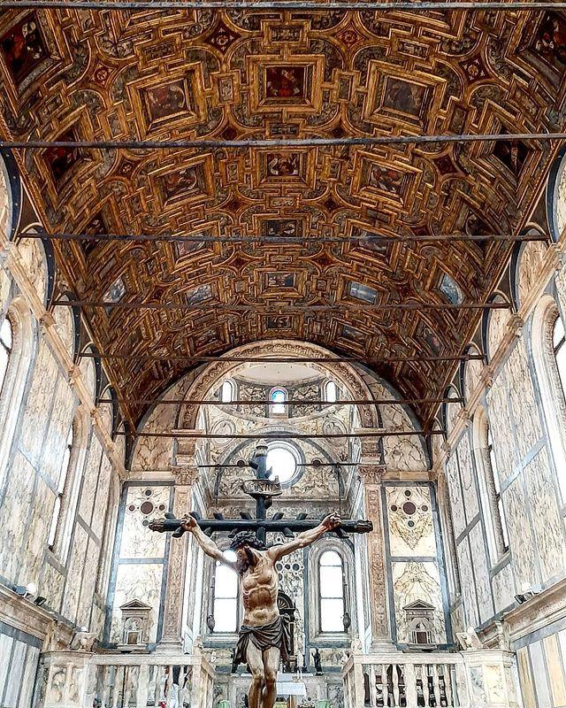 Церковь Санта-Мария деи Мираколи