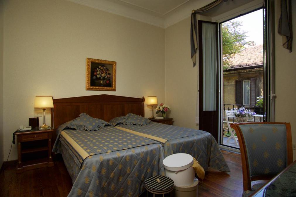 Отель Antica Locanda Leonardo в Милане