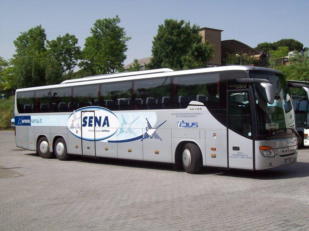 Автобус компании «SENA»