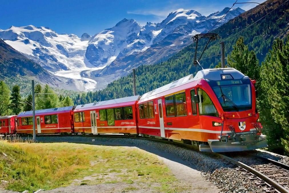 Тур по Швейцарским Альпам на поезде в Милане