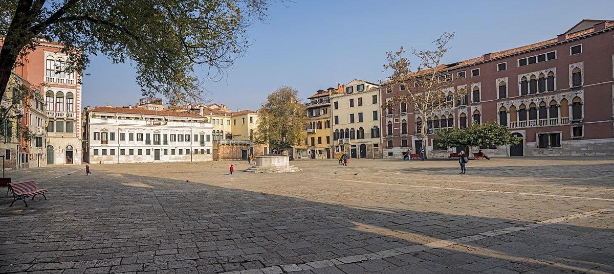 Площадь Сан-Поло в Венеции
