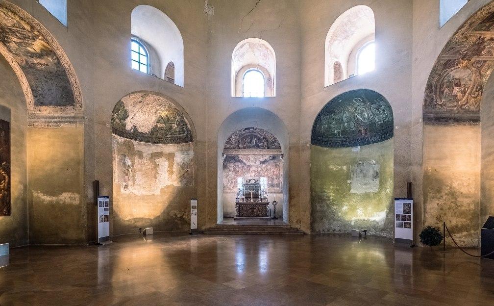 Часовня Святого Аквилина в Милане