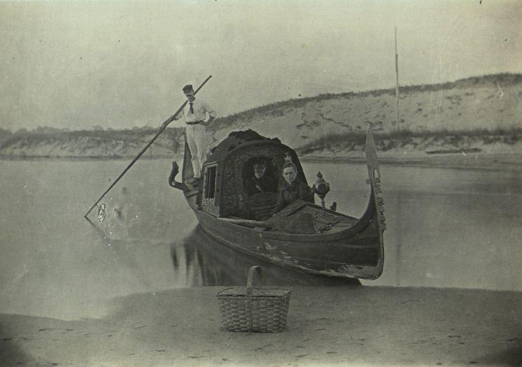 История гондолы в Венеци