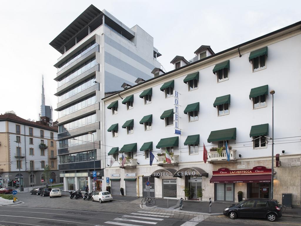 Отель Hotel Cervo в Милане