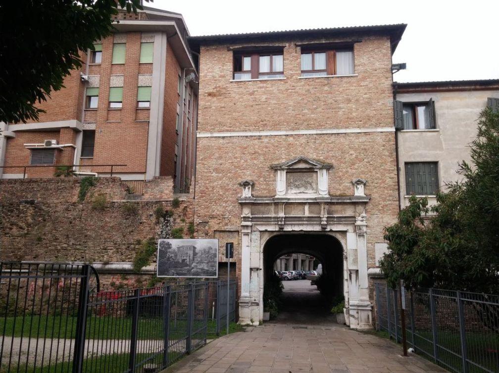 Ворота в Тревизо