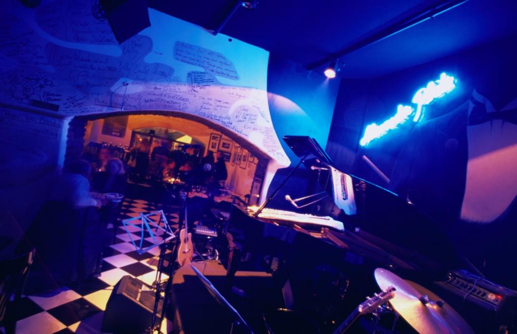 Джаз-клуб Alexanderplatz в районе Прати в Риме