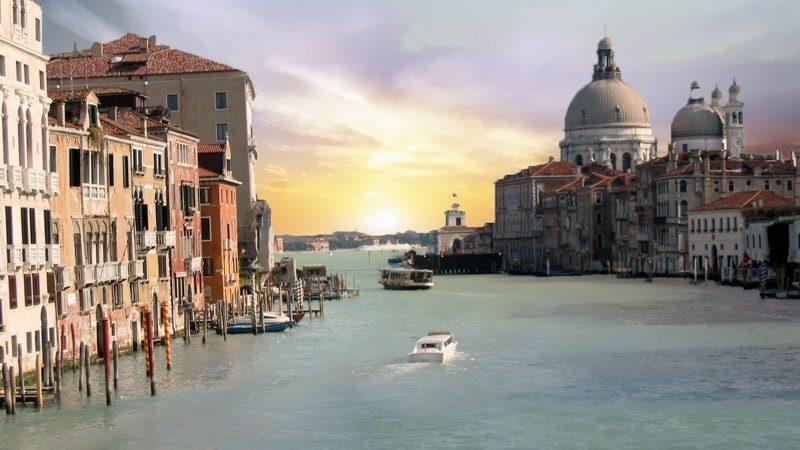 Район Дорсодуро в Венеции