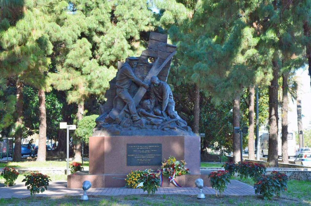 Памятник российским морякам в Мессине