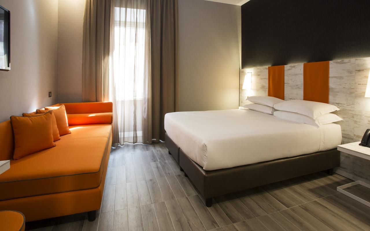 Отель Smooth Hotel Rome Termini в районе Термини