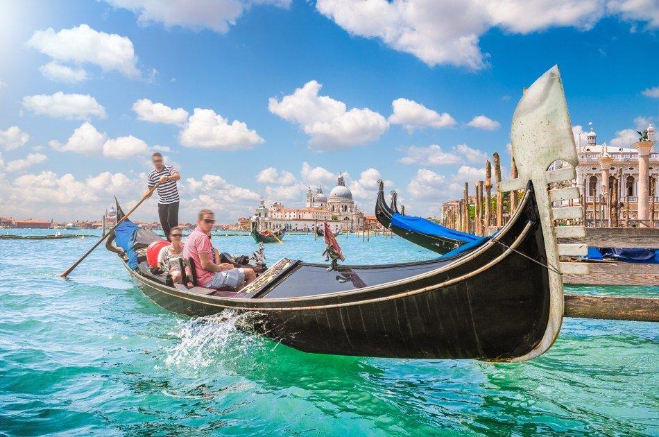 Гондола в Венеции: вся необходимая информация для тех, кто хочет прокатиться