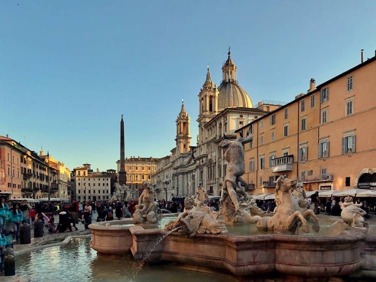 Площадь Пьяцца Навона в Риме