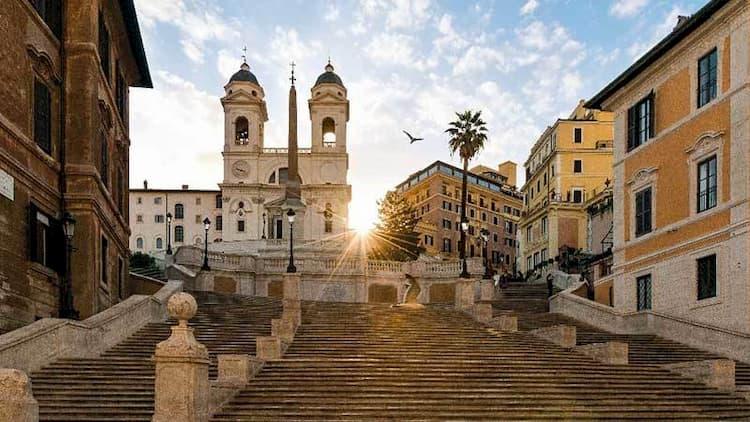 Испанская лестница в Риме