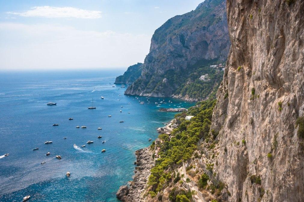 остров Капри Неаполь