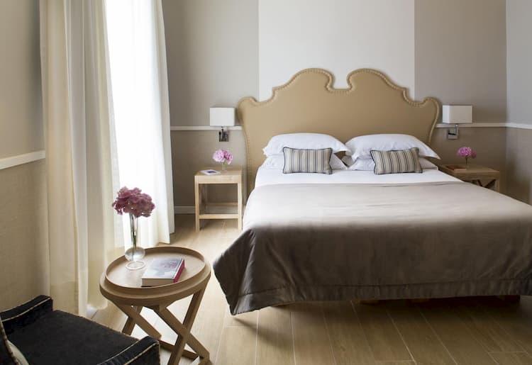 Отель Starhotels Terminus в Неаполе