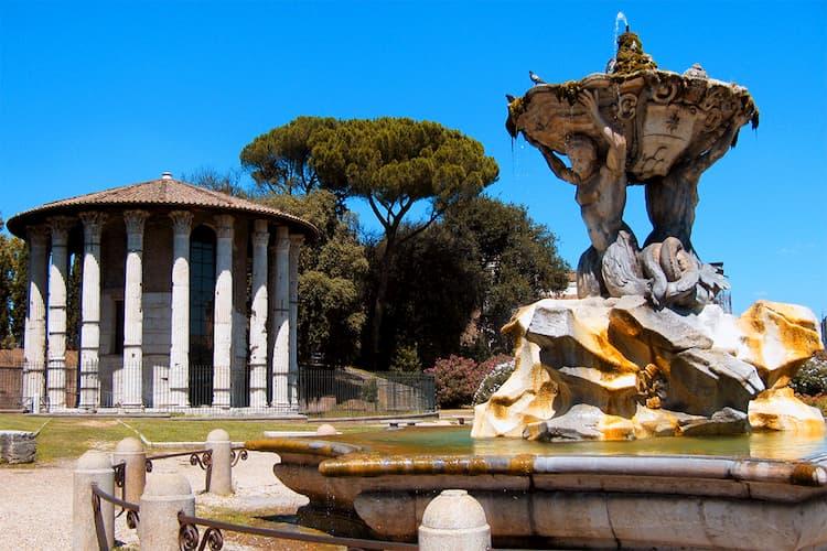 Площадь Уст Истины в Риме